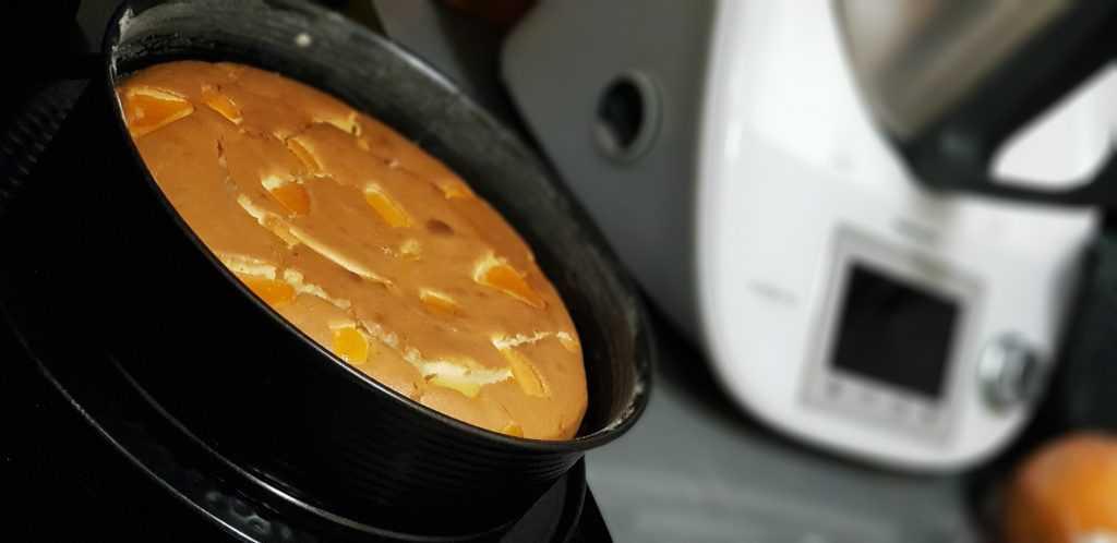 Bizcocho de yogur y naranjas en la thermomix